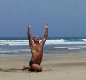Ananda Yoga am Strand